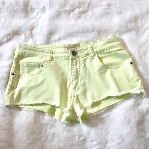 Supre' Yellow green Shorts